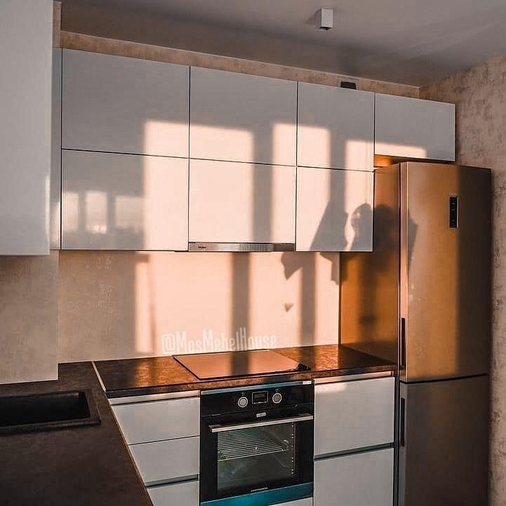 Белое с темным - кухня