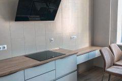 Встроенная посудомоечная машина в кухне